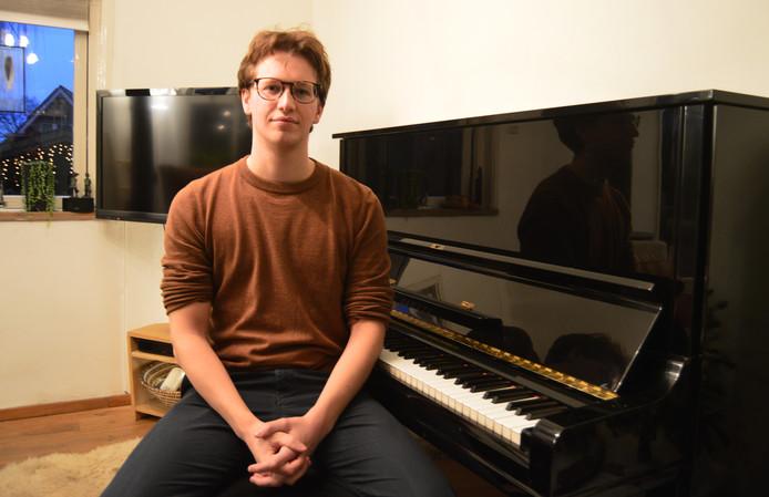 Koen Cramer wil als componist de filmindustrie in Hollywood veroveren. ,,De muziek spreekt een ander zintuig aan, waardoor je specifieke emoties op kan roepen.''