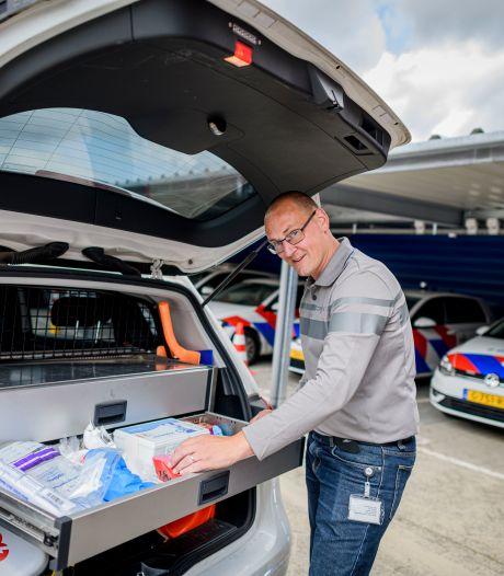 Huismeester Gerard Finke ontzorgt de agenten op het bureau in Oldenzaal en die waarderen dat enorm