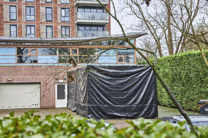Meerdere DELA-uitvaartcentra hebben behoefte aan extra koelcapaciteit, waaronder ook bij het DELA-uitvaartcentrum aan de Mozartweg in Amersfoort.