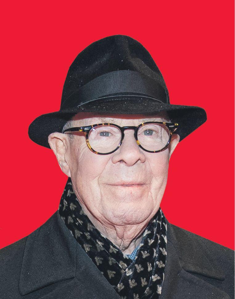 Hans van Manen, de 87-jarige choreograaf, staat bekend om de heldere lijnen in zijn balletten, en:  'Ik heb altijd stoute dingen gedaan.' Beeld ANP