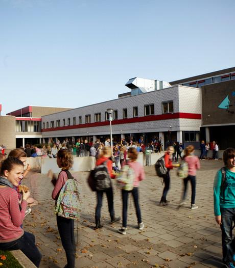 Waarschuwing voor overlastgevende scholieren Het Streek in Ede