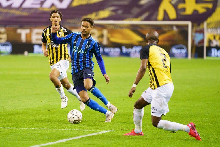 Devyne Rensch en Vitessespeler Eli Dasa. Beeld Pro Shots / Jasper Ruhe