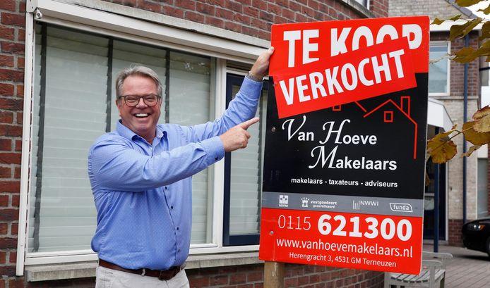 Makelaar Hendrik van Hoeve.