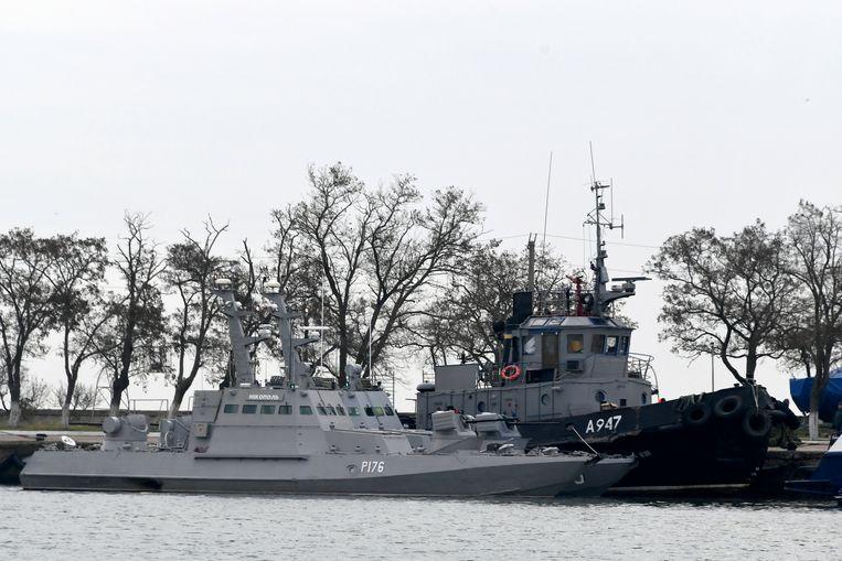 De Oekraïense schepen in de haven van Kertsj. Beeld AP