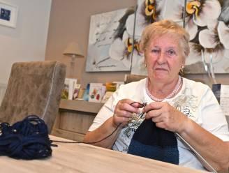 """Jeanne (75) moest op 32ste job opgeven door reuma en deelt ervaringen met Vives-studenten: """"Chronische pijn wordt vaak niet serieus genomen"""""""