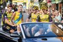 Een ererondje voor de renners van Jumbo Visma bij 'Daags na de Tour' in Boxmeer.
