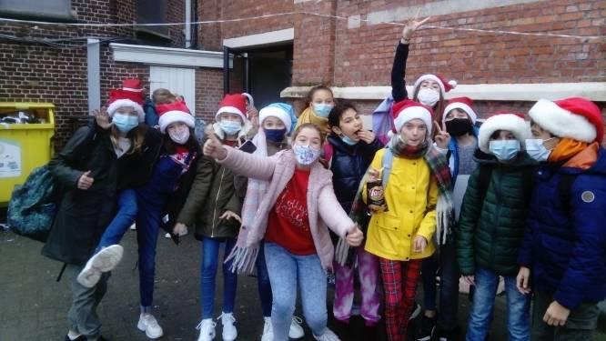 Sint-Jozefinstituut viert eerste adventsweek met  vrolijke kerstoutfits