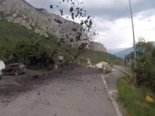 """Une """"lave torrentielle"""" déferle sur un village suisse"""