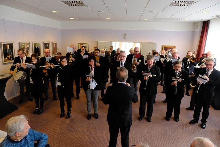 De Koninklijke Harmonie Sint Cecilia Reet werd feestelijk ontvangen op het gemeentehuis van Rumst.