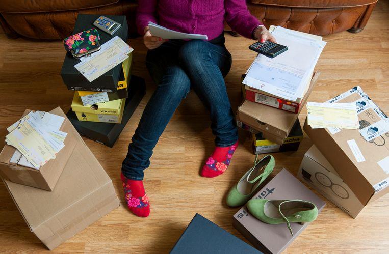 Jongeren missen vaak het overzicht als het om hun schulden gaat. Beeld ANP