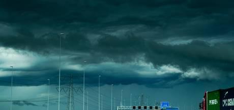 Code oranje: KNMI waarschuwt voor stevige onweersbuien