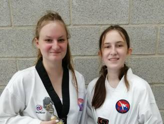 Minder trainingen door corona slaan zussen Alyssa en Maya van Sin Nyon niet uit hun lood op examen taekwondo
