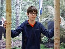 Luke (13) is onder indruk van expositie over gijzelaars