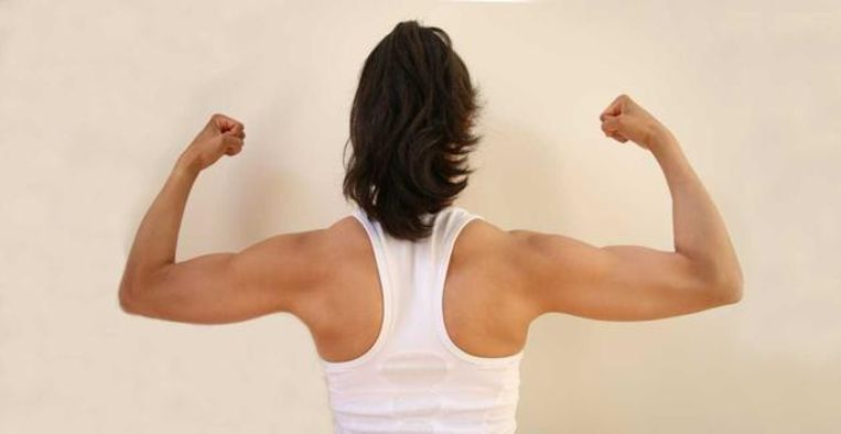 Met deze laagdrempelige oefeningen blijf je fit zonder sportschool Beeld Getty Images