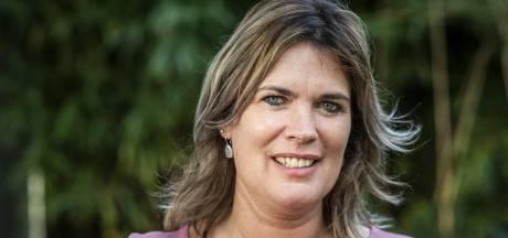 Esther uit Vroomshoop is niet het nieuwe liefje van boer Geert