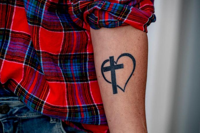 Maggy Hopman heeft de fundamenten van haar opvoeding laten vereeuwigen in een tatoeage