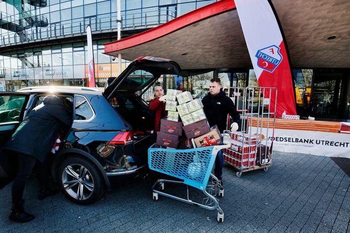 FC Utrecht zet zich op vrijdag 23 april in voor gezinnen die afhankelijk zijn van de voedselbank.