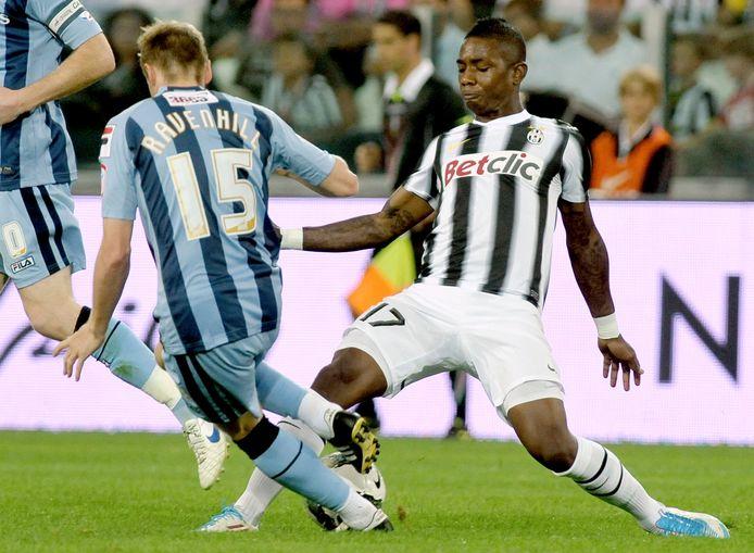 Aljero Elia in actie tegen Notts County bij de opening van het nieuwe Juventus-stadion in 2011.
