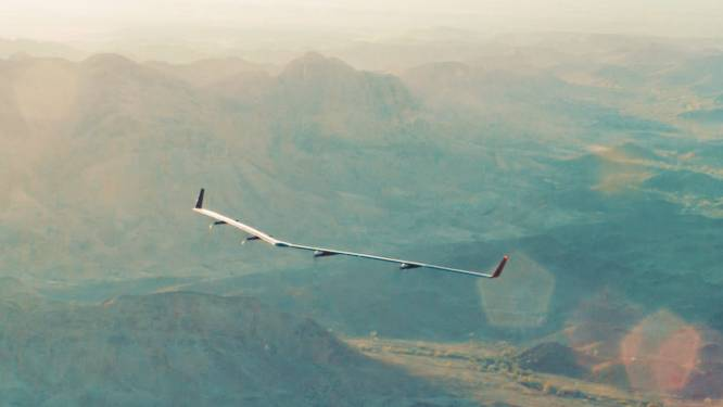 Facebook-drone op zonne-energie maakt proefvlucht
