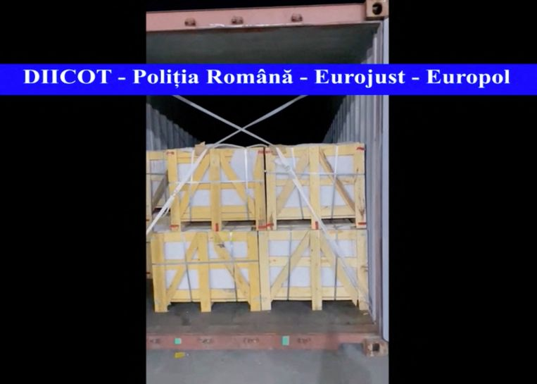 De onderschepte lading in de Roemeense havenstad Constanta. Beeld AFP