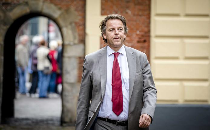 Archiefbeeld: minister Bert Koenders van Buitenlandse Zaken bij aankomst op het Binnenhof