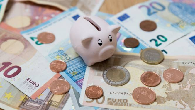 """'Beste vriendin' haalt 5.610 euro van spaarrekening: """"Heeft me veel pijn gedaan"""""""