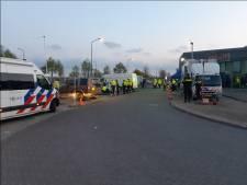 Kapmessen en honkbalknuppel gevonden bij controle Poort van Veghel: één persoon aangehouden