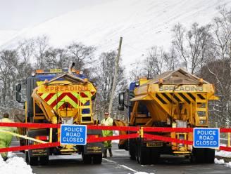 Britten kennen buitengewoon humoristische namen toe aan sneeuwvegers na volksstemming