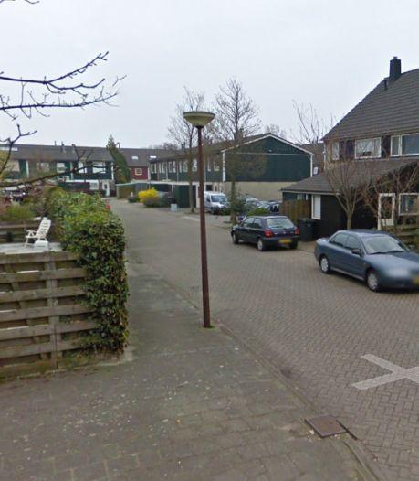 Bestuurder onder invloed ramt geparkeerde auto in Alkmaar