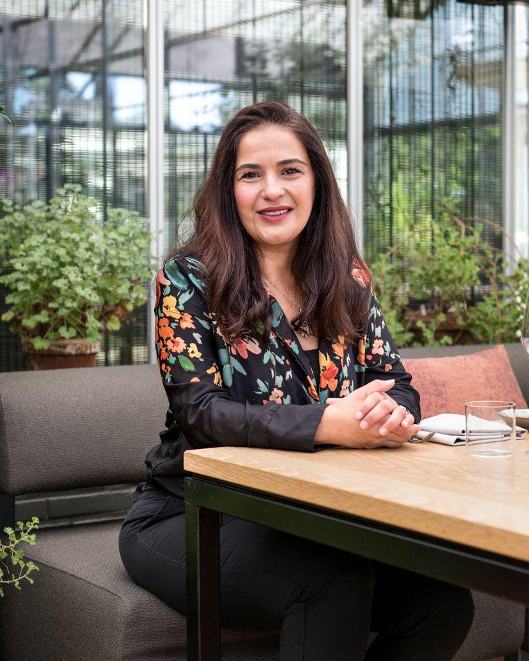 Fatima El Mourabit (44), medewerker bij Federatie Nederlandse Vakbeweging. Beeld Eva Faché