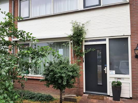 De woning aan de Begherstraat in Vriezenveen die werd gebruikt als drugshandelshuis.