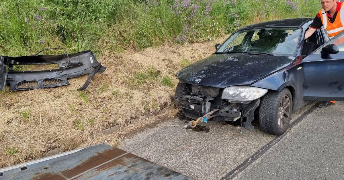 File op A1 bij Hengelo door ongeval: automobilist meegenomen naar politiebureau.