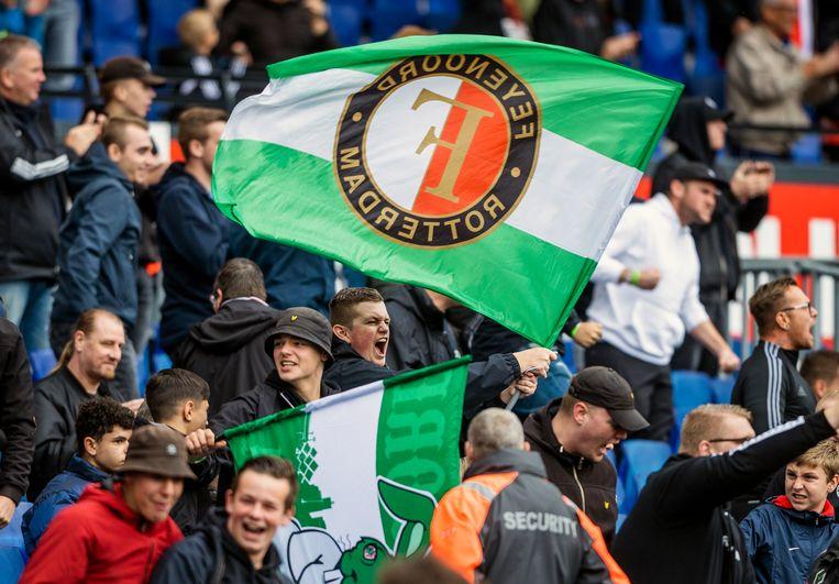 Feyenoord fans in de Kuip. Beeld Jiri Büller