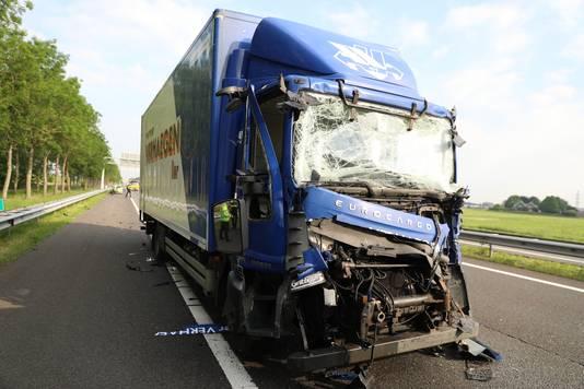 Een van de betrokken vrachtwagens.