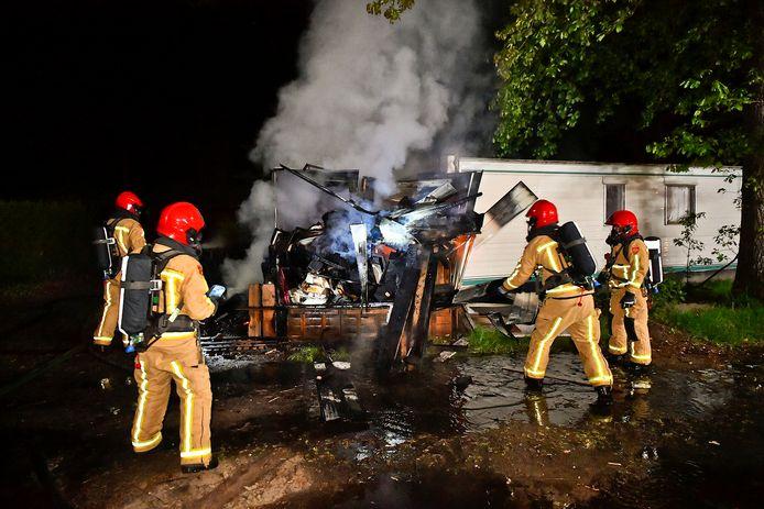 Een schuurtje naast een caravan heeft in de nacht van dinsdag op woensdag in brand gestaan op camping de Zwarte Bergen in Luyksgestel.