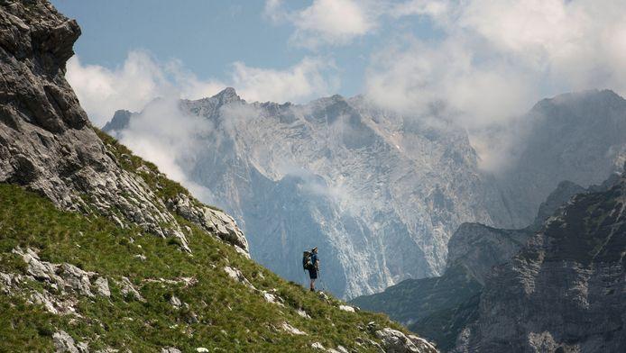 Archiefbeeld van de Zugspitze, met z'n 2962 meter hoogte de hoogste berg van Duitsland.