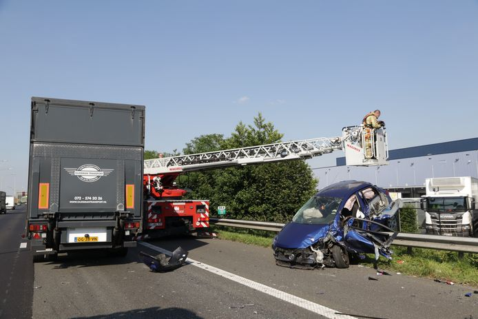 Er werd zelfs een ladderwagen ingezet om te zoeken naar een tweede slachtoffer.