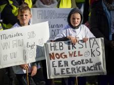 Onderwijsbonden: Schoolbesturen, kom met goed salaris voor leraren