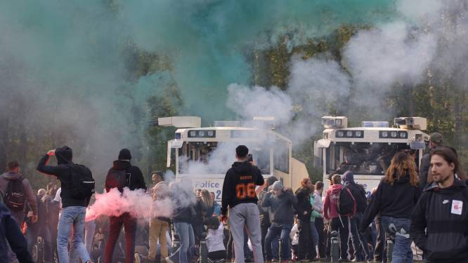 Met waterkanon en traangas: zo ging de politie over tot ontruiming