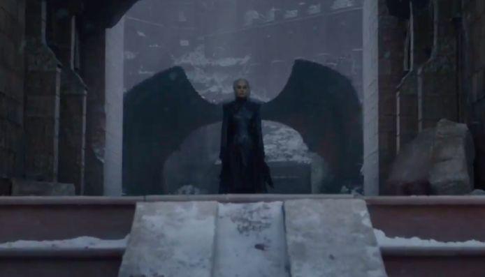 Moest het nog niet duidelijk zijn: Daenerys is 'evil'.