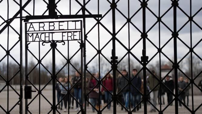 Groep Finse mannen die Hitlergroet brengen in concentratiekamp aangeklaagd