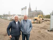 Senioren bouwen samen in eigen beheer patio's in Haaren: 'Er is een hechte band ontstaan'