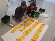 Stedelijk Museum laat jeugd kunstzinnig los tijdens Summer School