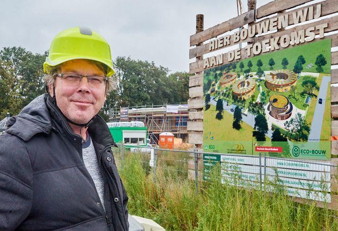 Ecodorp Boekel serie.  Ad Vlems over de toekomst. Fotograaf: Van Assendelft/Jeroen Appels