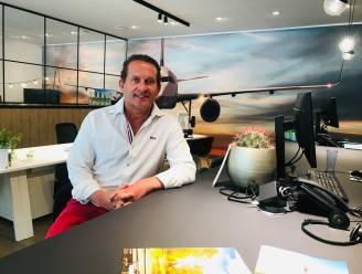 """""""Op safari in Nambië kom je minder mensen tegen dan aan Belgische kust. Dus waarom geen vliegvakanties toestaan?"""" Eigenaar reisbureau ziet omzet dalen met... 99 procent"""
