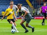 NAC-back Schouten na bereiken halve finale: 'Natuurlijk zijn we blij, maar we zijn er nog niet'