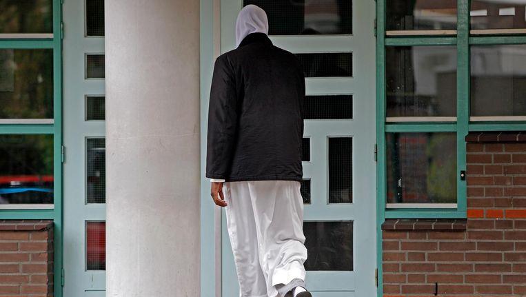 Ik ben niet zo dapper als geweldenaar Hafid Bouazza die ooit schreef: 'De islam is het slechtste wat Nederland is overkomen.' Beeld anp