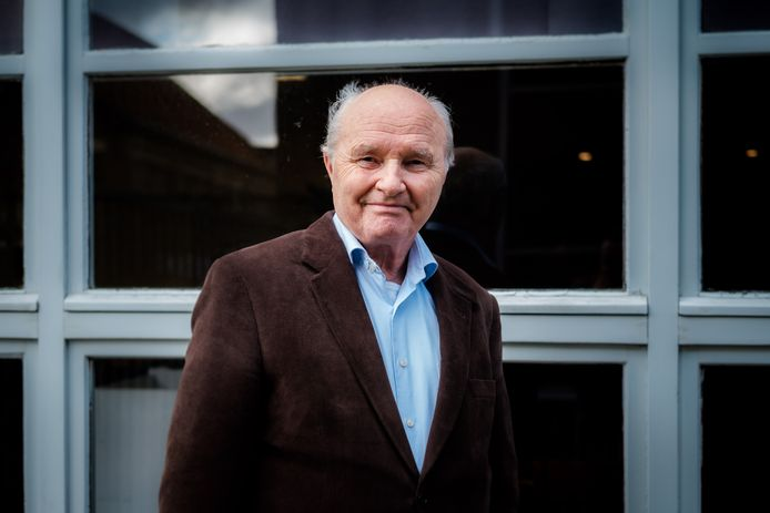 Schepen voor financiën Albert Follens (N-VA) verdedigt de lokale taxshift in Edegem.