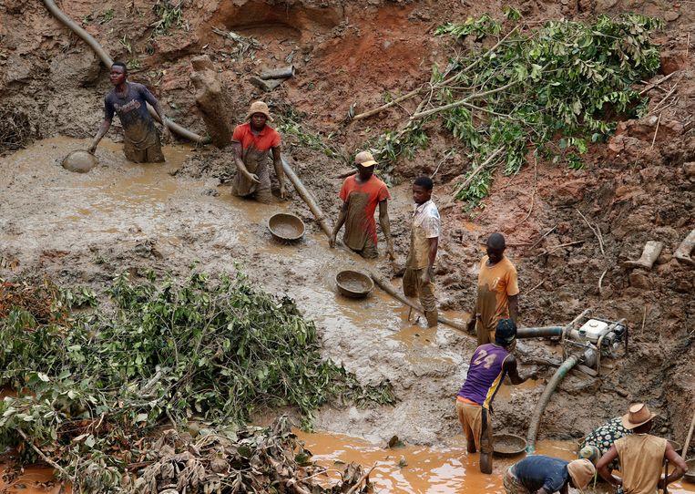 De Makala-goudmijn in de Congolese provincie Ituri. Beeld REUTERS