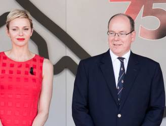 """Prins Albert van Monaco reageert voor het eerst op geruchten over scheiding: """"Charlene ging níét in ballingschap"""""""